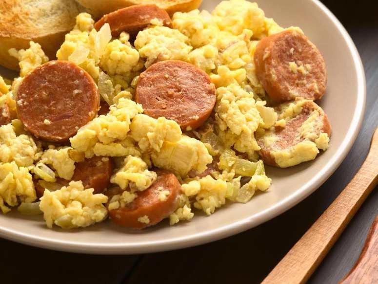 طرز تهیه سوسیس تخم مرغ