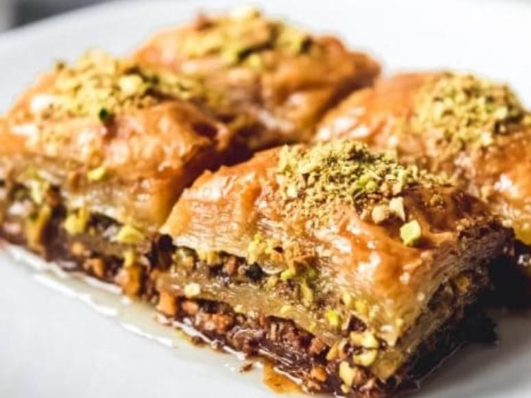 غذا با خمیر یوفکا (طرز تهیه)